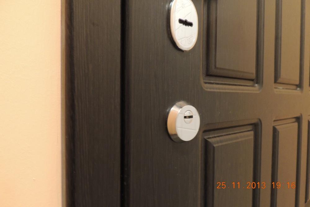 посоветуйте фирму входных дверей